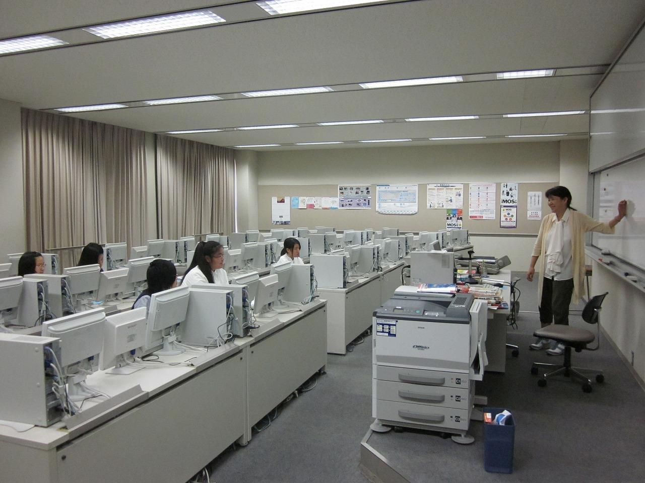 兵庫大学附属須磨ノ浦高等学校画像